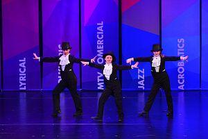 dansatori 2