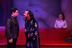 """Alături de Sebastian Marina și Elena Popa, în """"Tartuffe"""" de Molière, regia Zakariás Zalán"""