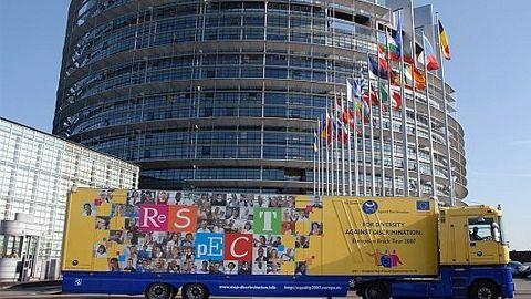 Biroul de reprezentare de la Bruxelles bate pasul pe loc
