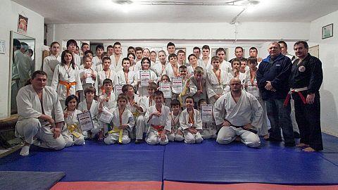 """Clubul Sportiv Samurai OPS a organizat miercuri """"Cupa Moş Crăciun"""" la Judo"""