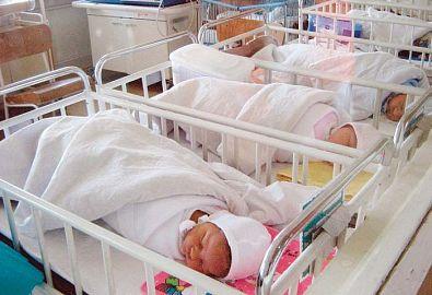 Copiii nedoriţi, abandonaţi în spitale