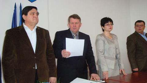 """Dumitru Marinescu după învestirea în funcţia de prefect: """"Legea nu poate fi negociată"""""""