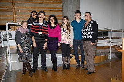 Elevii Andrei Tudose, Anamaria Beatrice Milik și Florin Micu de la CNMV sau aflat la Frascati, acolo unde sub coordonarea prof. Luminița Costea și alături de alți peste 40 de tineri fizicieni din Europa, au participat la numeroase cursuri teoretice dar și experimente.