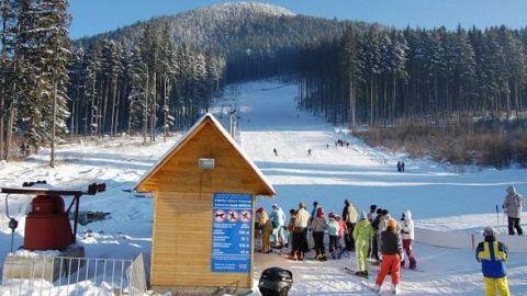 Începe sezonul de schi şi la Covasna