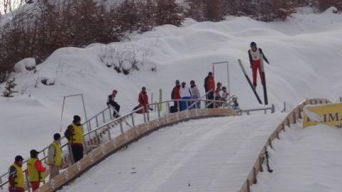Incidentul s-a petrecut la întrecerile de sărituri cu schiurile de la Valea Cărbunarilor