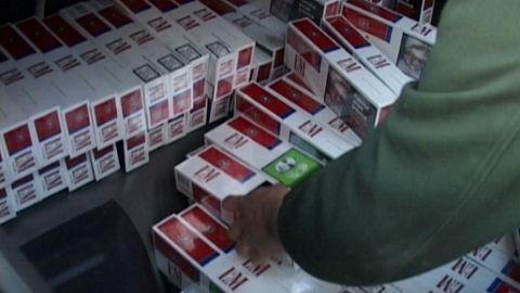 Prins cu țigări de contrabandă