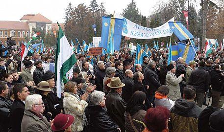 Secuii au manifestat pentru autonomie