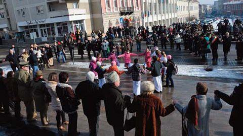 Zeci de persoane au sărbătorit Mica Unire la Sfântu Gheorghe