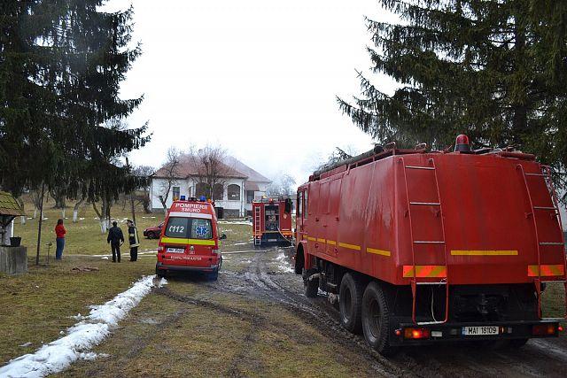 incendiu Casa parohiala catolica Ilieni (1)