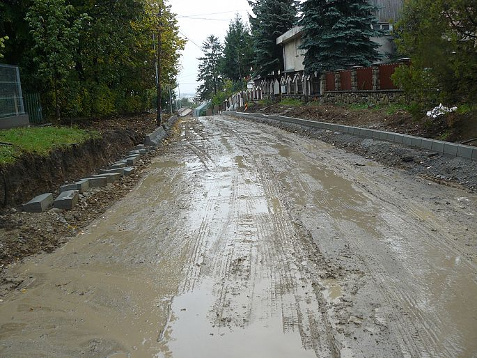 Strazi ploaie noroaie Sfantu Gheorghe octombrie 2013 - 19