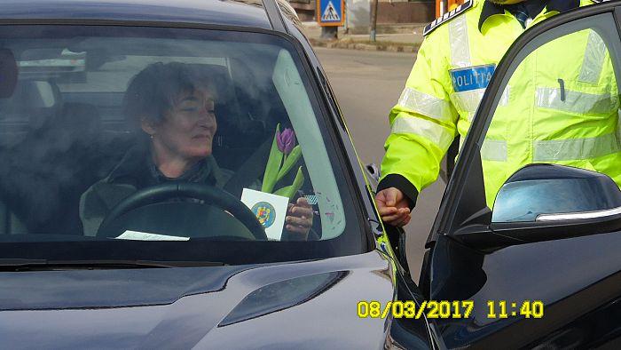 politisti 8 martie (2)