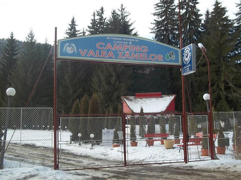 Camping Valea Zanelor Covasna ianuarie 2016 - 1